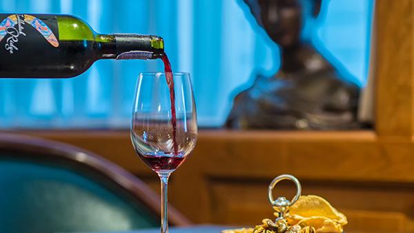 Camelot Wine Pub